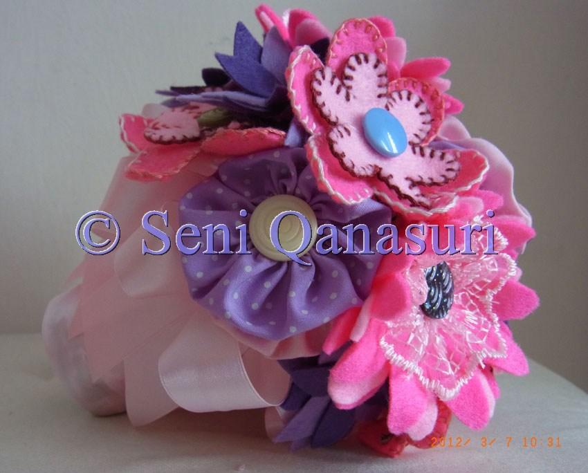 Tempahan bunga tangan oleh Hawani dari Kuala Berang Terengganu…bunga